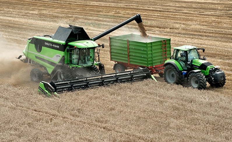 Harvest transport - C9000 Series (Tier 4 final)