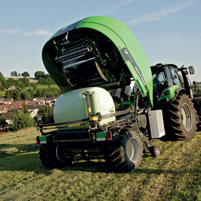 DEUTZ-FAHR Bale and wrap in one go
